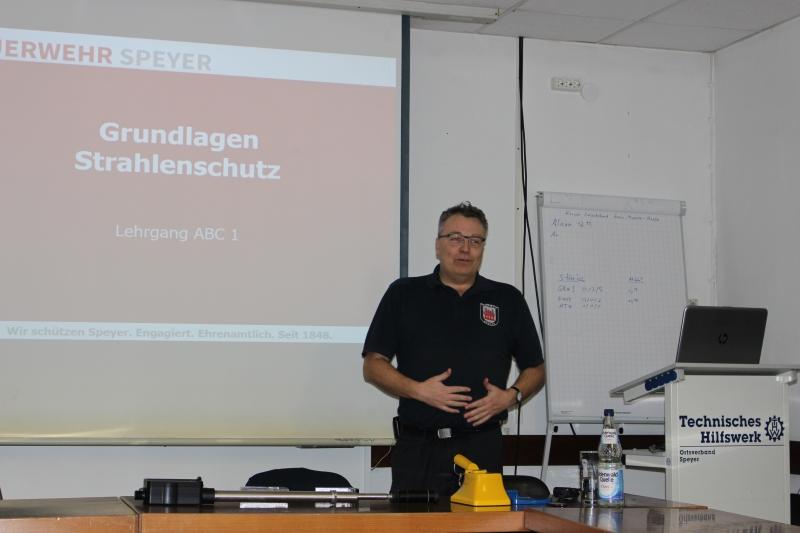 20190221 THW Strahlenschutz 03